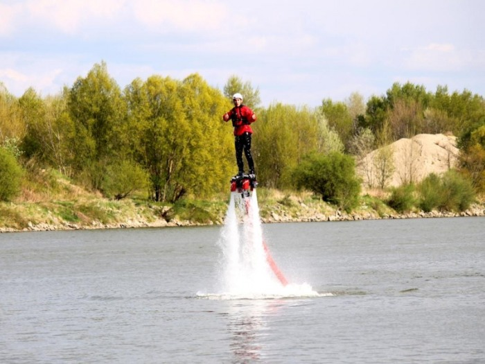 picture FLYBOARD