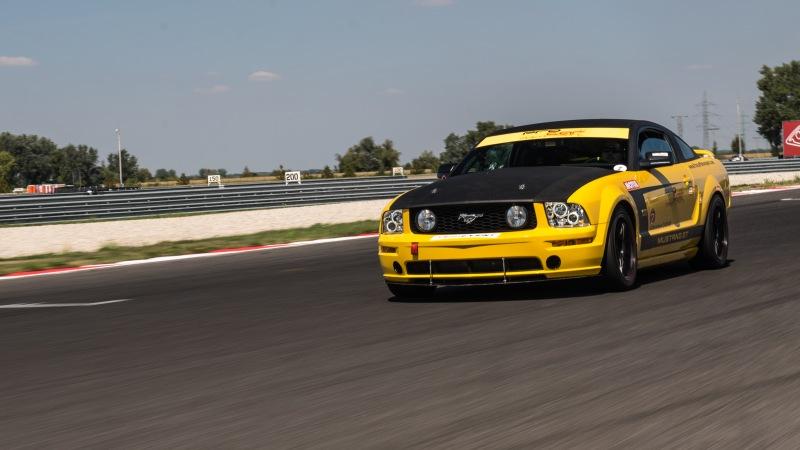 picture Jazda na Porsche 911 GT3 a Mustangu GT V8