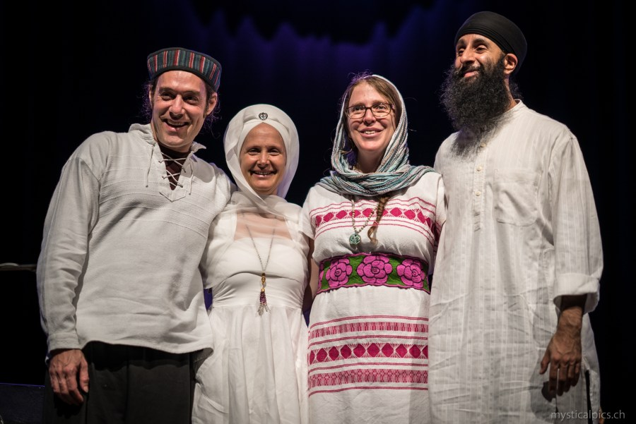 picture Snatam Kaur / Light of the Beloved Tour