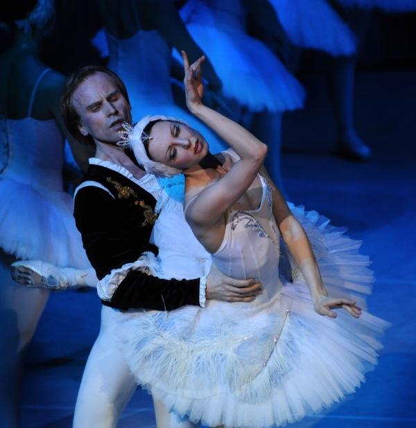 picture ROYAL MOSCOW BALLET 2018 / Labutie jazero