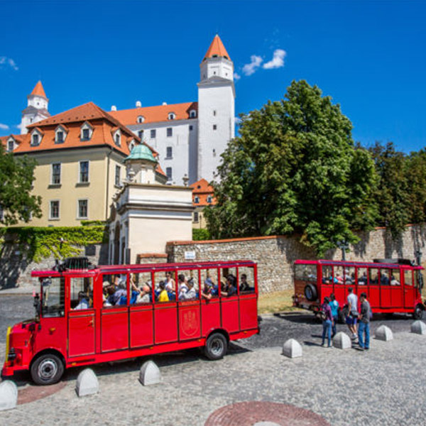 CITY TOUR – Prešporáčikom®Oldtimer